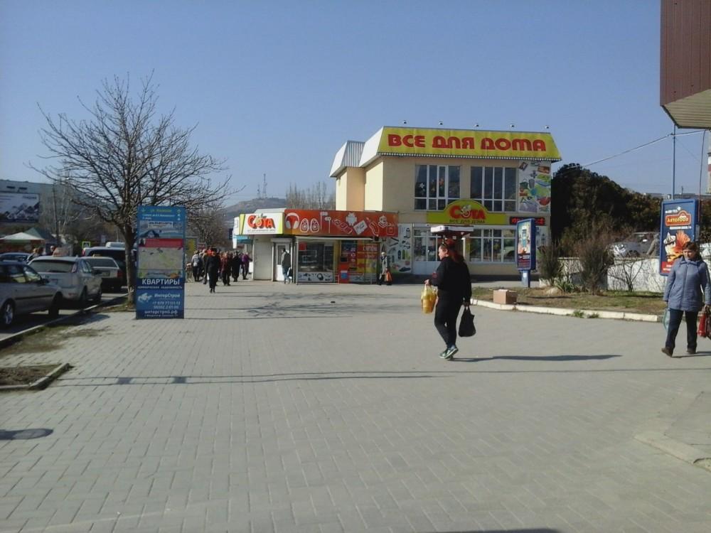 Фото новости - Заявленная в Феодосии 6-дневная цветочная ярмарка завершилась на полпути (ФОТО)
