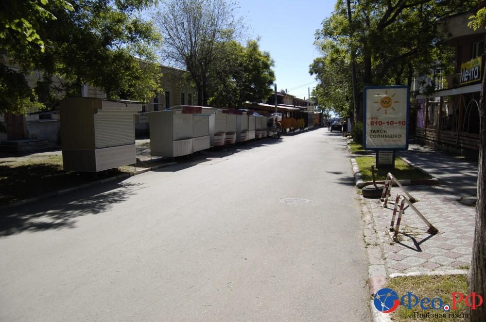 Фото новости - Улицу Горбачева в Феодосии также подготовили для курортной торговли