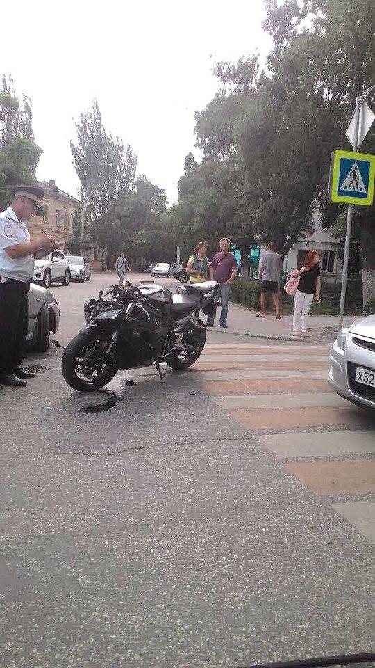 Фото новости - Мотоциклист стал жертвой очередного ДТП в Феодосии