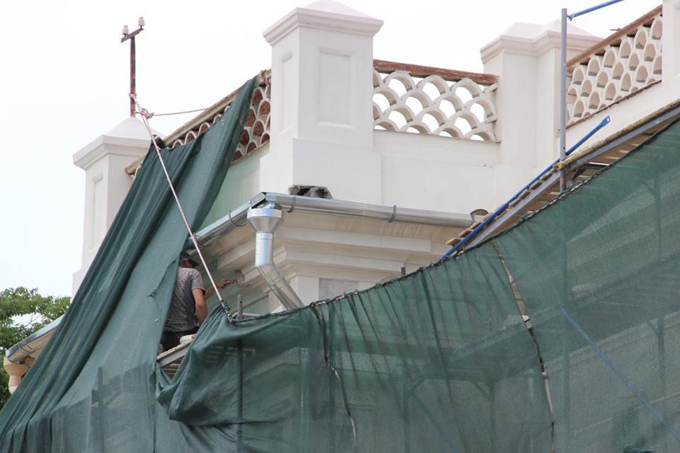 Фото новости - Подрядчик завершил противоаварийные работы кровли картинной галереи в Феодосии (ФОТО)