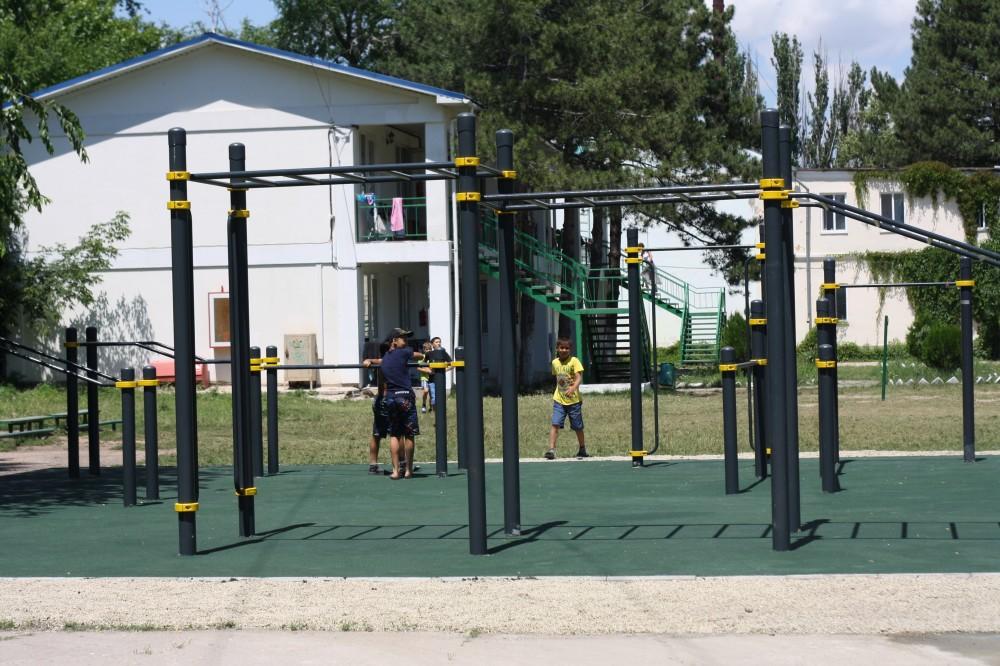 Фото новости - Открытие спортплощадки в Феодосии