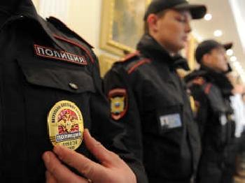Увеличить - В Керчи полицейские проводят проверки по исполнению административного законодательства