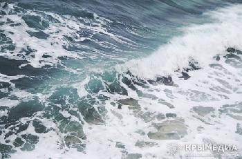 Увеличить - Из-за сильного ветра в ближайшие дни может остановиться Керченская паромная переправа