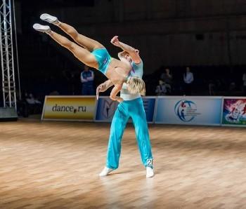 словами, крымская федерация акробатического рок-н-ролла подобрать