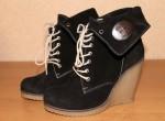 Продам одежда, обувь: Зимние ботиночки
