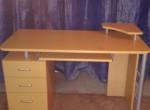 Продам мебель: Компьтерный стол