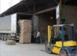 Работники склада в Россию.