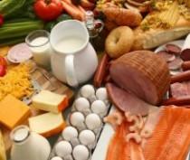 Глава Крыма поручил ускорить транспортную доставку российских продуктов питания