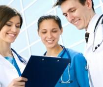 Крымский минздрав отобрал 13 специалистов для участия в программе «Земский доктор»