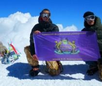 Студенты Таврической академии КФУ установили крымский флаг на вершине Эльбруса