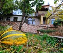 Минкурортов проводит работу по перераспределению турпотока в менее узнаваемые регионы Крыма