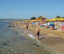 Новости Феодосии: Число отдохнувших в Феодосии в текущем году туристов увеличилось на треть