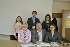 Феодосия. Новость - Феодосийские школьники приняли участие в Международной конференции «Экономика и право»