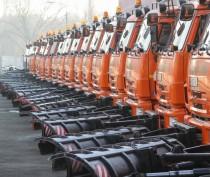 Крым за полтора месяца получил сотню единиц новой коммунальной спецтехники