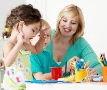 Минобраз Крыма планирует в текущем году поднять зарплату воспитателям детсадов почти на 2 тыс рублей