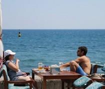 Глава Крыма считает некорректным взимать курортный сбор, пока немалая часть объектов размещения находится в тени