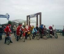 Деды Морозы проехались по набережной (ФОТО)