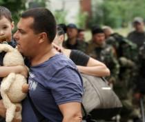 Беженцы прибывают в Феодосию