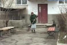 Феодосия. Новость - В Феодосии все чаще жалуются на неубранные дворы и улицы.