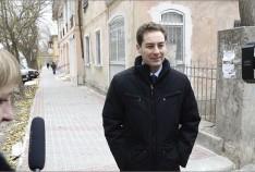 Феодосия. Новость - В Феодосии завершают укладку новой тротуарной плитки на улице Боевая