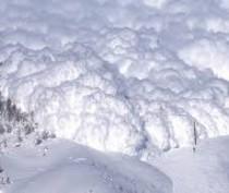 В результате резкого потепления в районе плато Ай-Петри сошла лавина