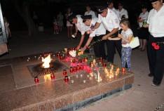 Феодосия. Новость - Личный состав феодосийской полиции зажег свечи в память о погибших в Великой Отечественной войне