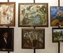 Новости Феодосии: Экспозиция картин Николая Дорофеева в Феодосийском музее древностей