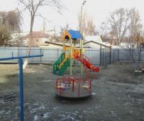 Новости Феодосии: Поклонская заинтересовалась замурованной детской площадкой в Феодосии