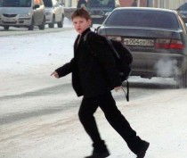 Новости Феодосии: Водителям на заметку: у подростков появилась «фишка» перебегать дорогу перед близко идущим транспортом