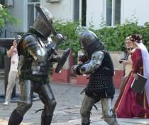 Новости Феодосии: В Феодосии мужчин — рыцарей приглашают на турнир