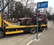 Новости Феодосии: Страшное ДТП на феодосийской трассе: жигули врезались в фуру (ФОТО, ВИДЕО)