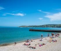 Новости Феодосии: Феодосийский пляж «Камешки» отдали под благоустройство неместному ООО «Ягуар»