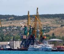 Новости Феодосии: Феодосийский порт, военный санаторий и заводы попали в санкционный список Порошенко
