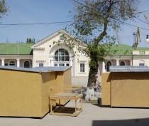 Новости Феодосии: С привокзальной площади Феодосии все же убрали деревянные ларьки