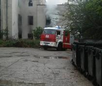 Новости Феодосии: В центре Феодосии снова горело многострадальное здание бывшей бани «Якорь»