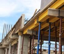 Новости Феодосии: Строители готовятся крыть крышу на уже возведенном корпусе детсада на Челноках в Феодосии (ФОТО)