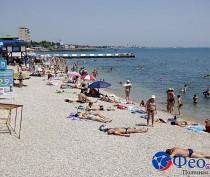 Новости Феодосии: Как подготовили центральный пляж Феодосии к приему отдыхающих