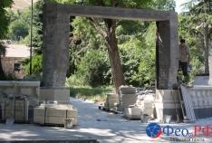 Феодосия. Новость - Территорию возле могилы Айвазовского успевают благоустроить к юбилею