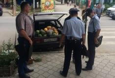 Феодосия. Новость - Граждане из Украинцы и Армении попались на стихийной торговле в Феодосии