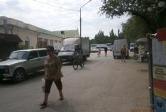 Феодосия. Новость - Власти Феодосии усиленно борятся с автомобилями на привокзальной площади