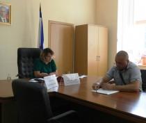 Жалобы феодосийцев огорчили вице-премьера Ларису Опанасюк