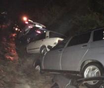 Новости Феодосии: Полтора десятка машин смыло с дороги Грушевка-Судак (ФОТО)