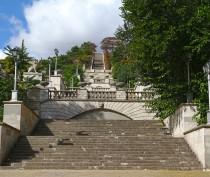 В Керчи начались изыскательские работы по ремонту Митридатской лестницы
