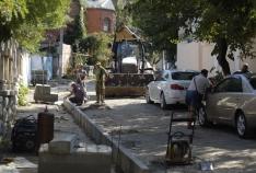 Феодосия. Новость - В Феодосии в переулке Айвазовского делают тротуар