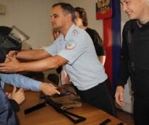 Феодосийская полиция провела День открытых дверей для студентов