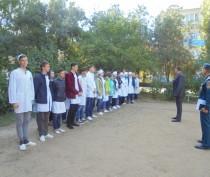 Спасатели обучили керченских студентов основам ГО