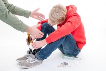 Феодосийский школьник приходил на уроки с пивом