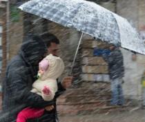 МЧС продлило штормовое предупреждение до среды