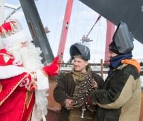Российский Дед Мороз побывал на стройке Крымского моста (ФОТО)