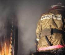 В Багерового тушили пожар близ Дома культуры